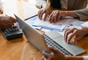 פתרונות אפקטיביים - חיסכון בעלויות עסקים